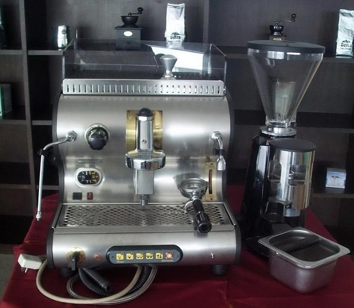 tolle grosse Kaffeemaschine