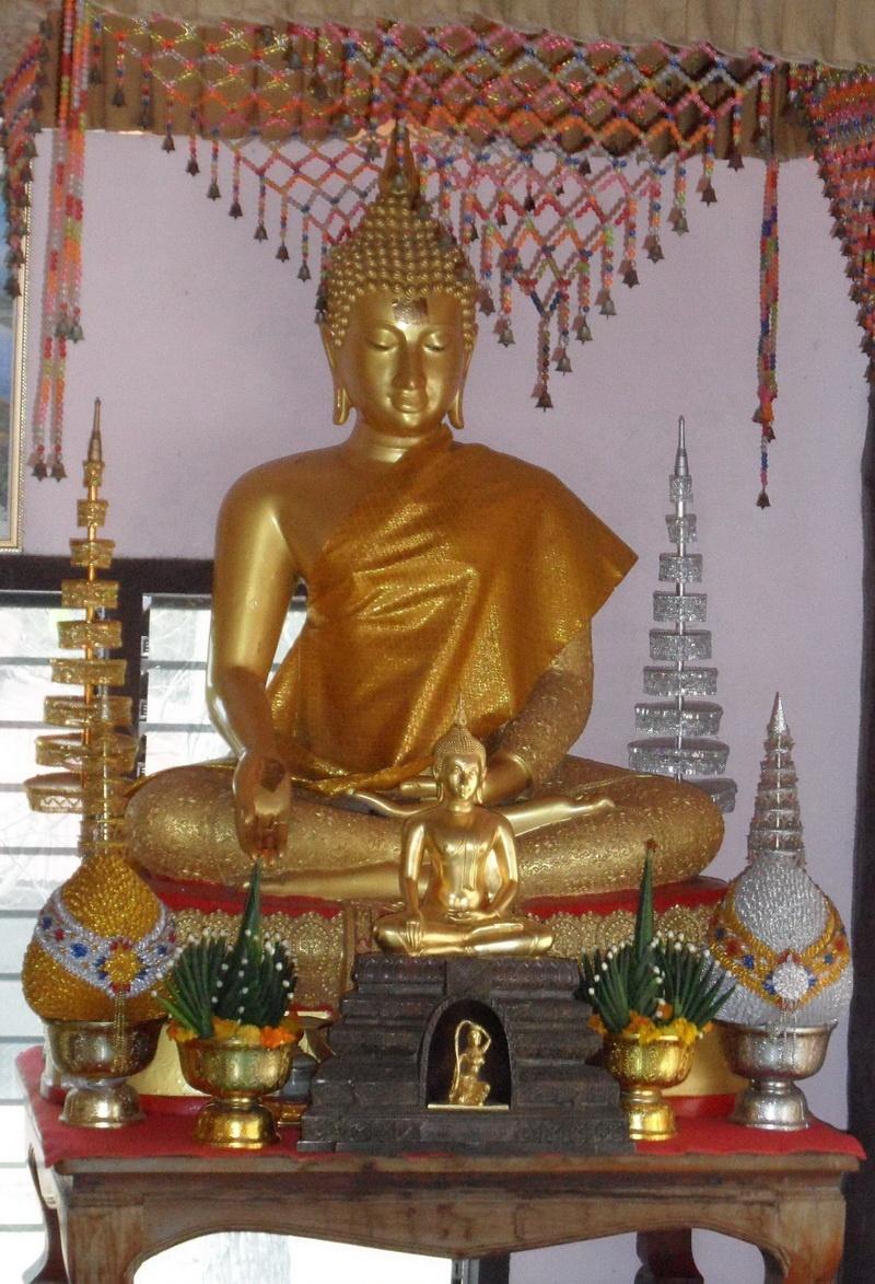 diverse tempelfiguren